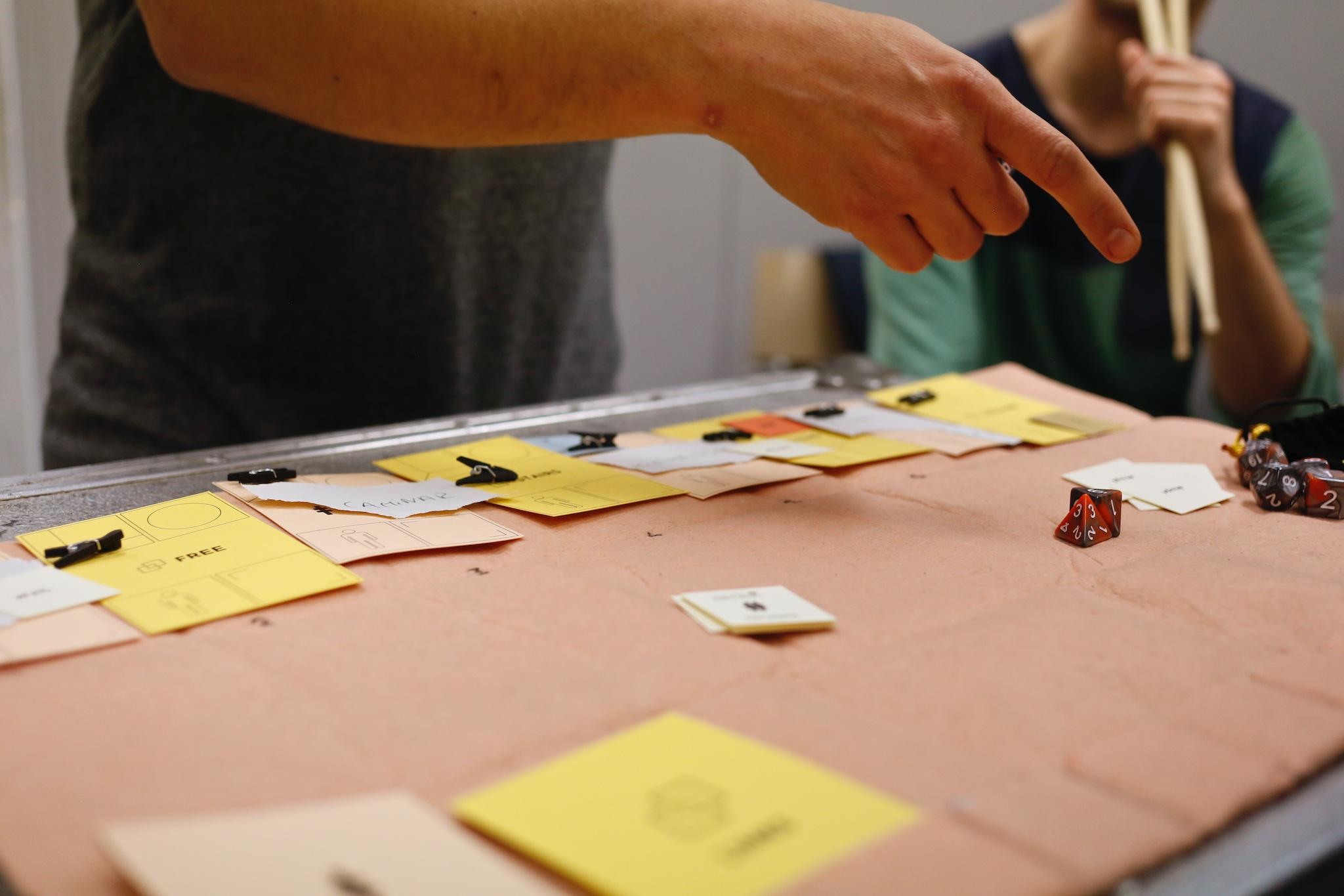Blog | troposfera.xyz by Dídac Gilabert | Layer Cards amb el Col·lectiu Free't 4